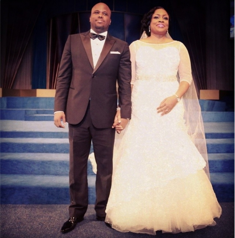 Some Glamour & Love!!! More Pictures From Sinach's Church